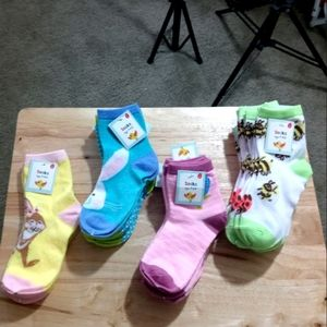 Daisy Kids Socks Size( 7-8.5) B1